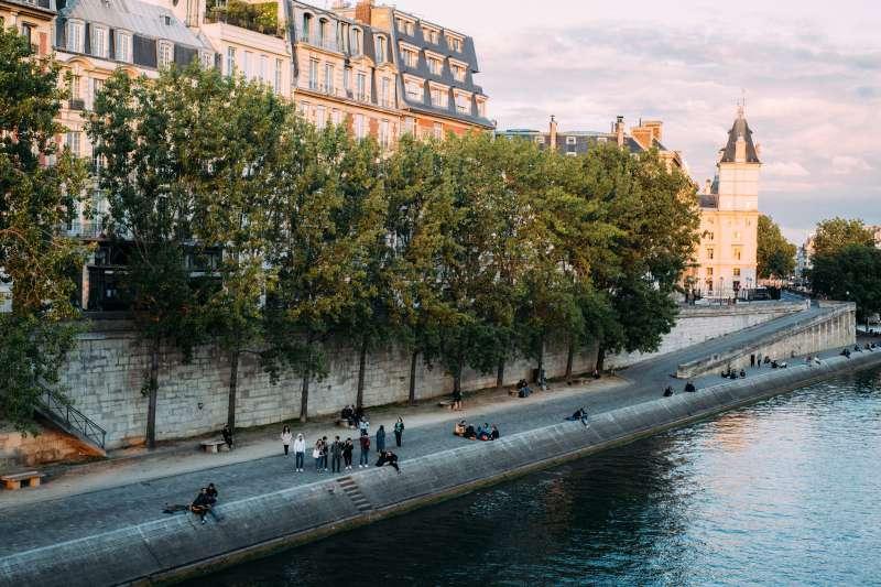 architecture-bridge-building-seine-paris