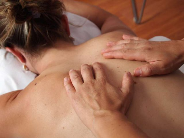physiotherapy-massage